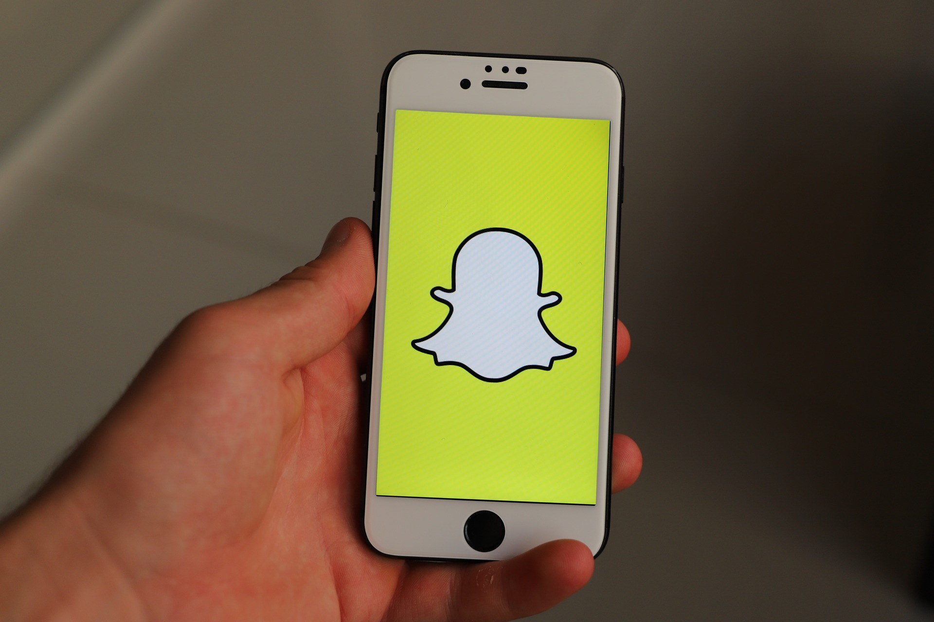 How to Recover Deleted Snapchat Memories 2021